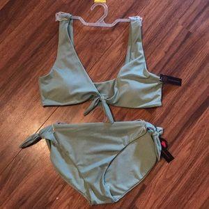 💕Price Firm💕NWT Green Two Piece Bikini